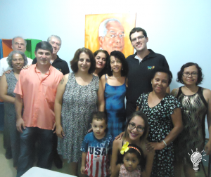 Professores voluntários do projeto, familiares do Sr. José Luiz e amigos