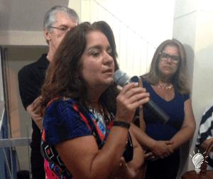 A diretora geral do Colégio Municipal Delce Horta, Elisângela Nogueira Ananias