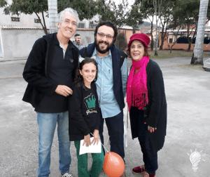 Marcio Marinho, Lívia (que quer ser escritora), o professor e escritor, José Huguenin e Solange, proprietária da Livraria Veredas