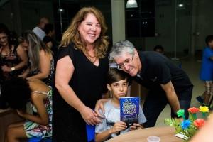 Elaine, supervisora educacional do Colégio Delce Horta, Rafael Merlim e Marcio Marinho
